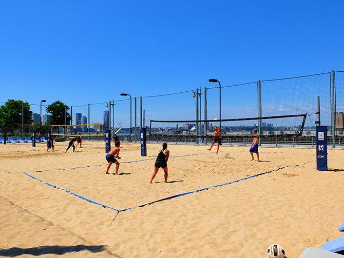 TriBeCa en Nueva York - Voleibol de playa