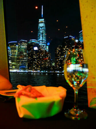 Crucero con cena en Nueva York - One World Trade