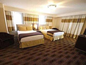 New Yorker Hotel - habitación doble