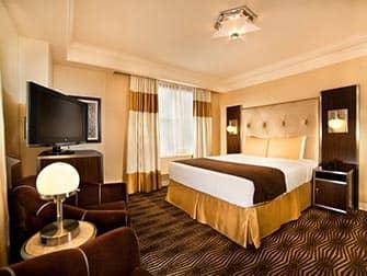 New Yorker Hotel - habitación