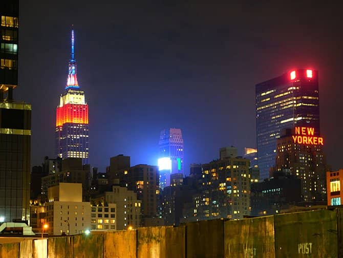 Barrio Midtown Manhattan - Empire State Building por la noche