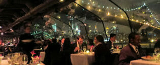 Crucero con cena en Nueva York Bateaux