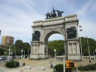 Brooklyn en NYC - Grand Army Plaza