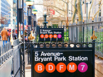 Metro en NYC - 50 Street Station