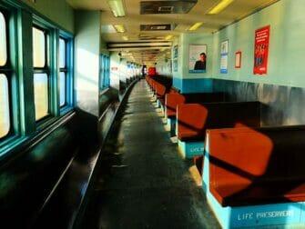 El ferry de Staten Island - interior