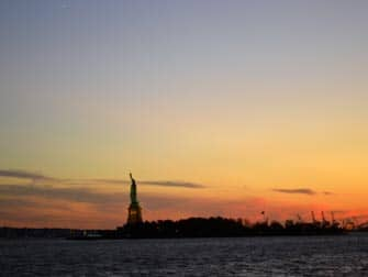 Twilight Boat Tour en Nueva York - atardecer
