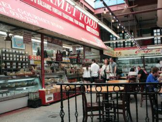 Mercado Little Italy del Bronx Nueva York