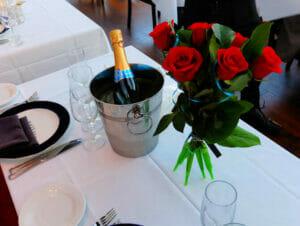 Crucero con cena de San Valentín en Nueva York