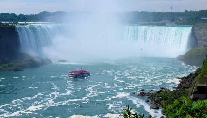 Excursión de 3 días a Niagara Falls - Paseo en barco