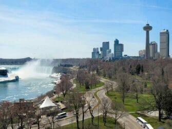 En avión a Niagara Falls - lado canadiense