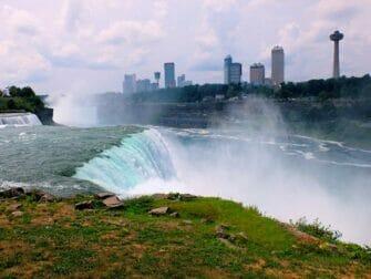 En avión a Niagara Falls - parte americana