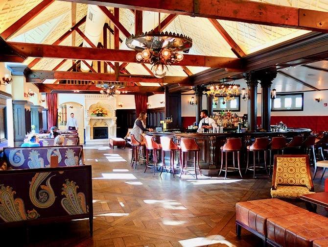 Central Park - Bar Tavern on the Green