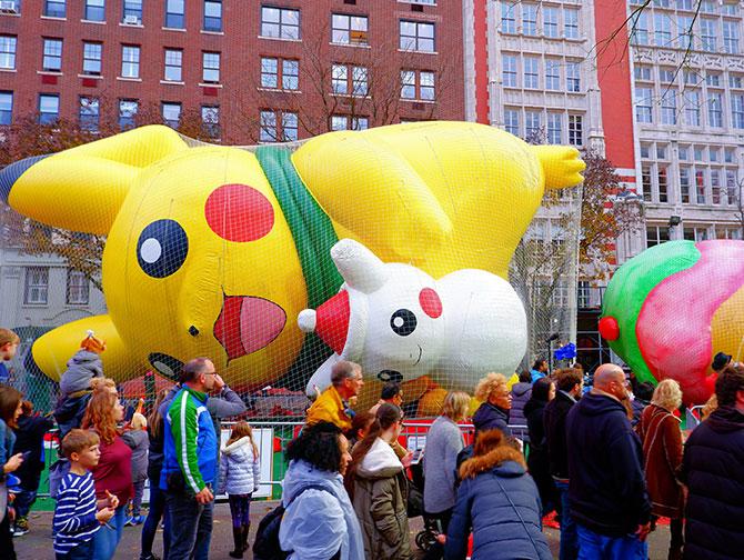Desfile Thanksgiving de Macy's - Inflando globos