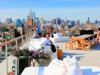 Los mejores rooftop bars en Nueva York - The Roof en PUBLIC
