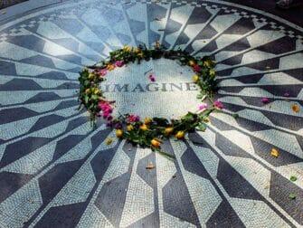 Central Park Movie Tour - Strawberry Fields