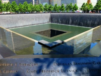 Financial District Tour in NYC 911 Memorial