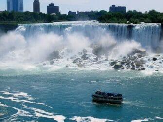 Excursión de 2 días a Niagara Falls - Paseo en barco