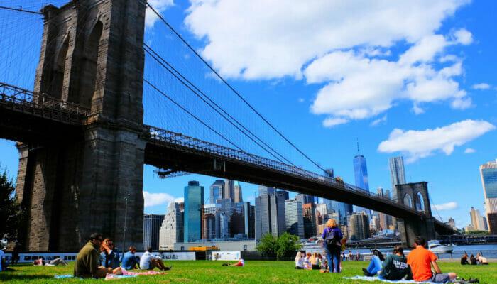 Brooklyn Bridge Park en Nueva York - Descansando