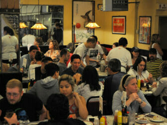 Tour gastronómico por Chinatown y Little Italy - Restaurante