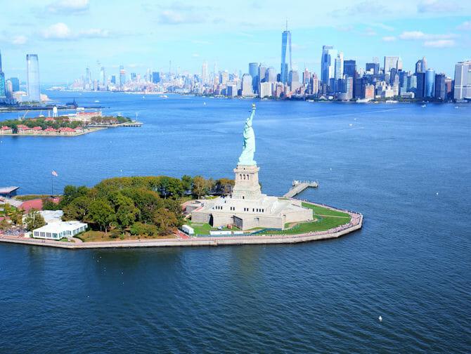 Vuelo en helicóptero por Nueva York - Estatua de la Libertad y Downtown