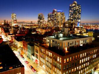 Williamsburg en Brooklyn - De noche en un rooftop