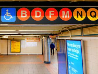 Instalaciones para discapacitados en Nueva York - Metro