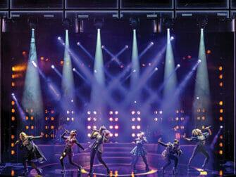Tickets para SIX en Broadway - Escenario
