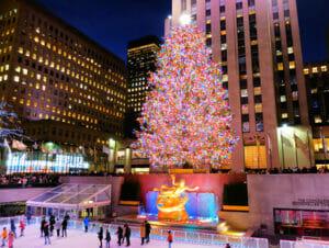 Ceremonia de encendido del árbol de Navidad en Rockefeller Center